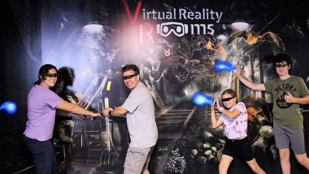 Virtual Reality Rooms Photo Walls Mind Horror Family sml 1