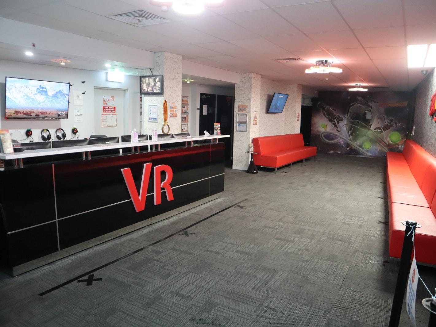 Foyer RHS sml